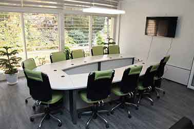 equipping-salon-and-conference-room-1