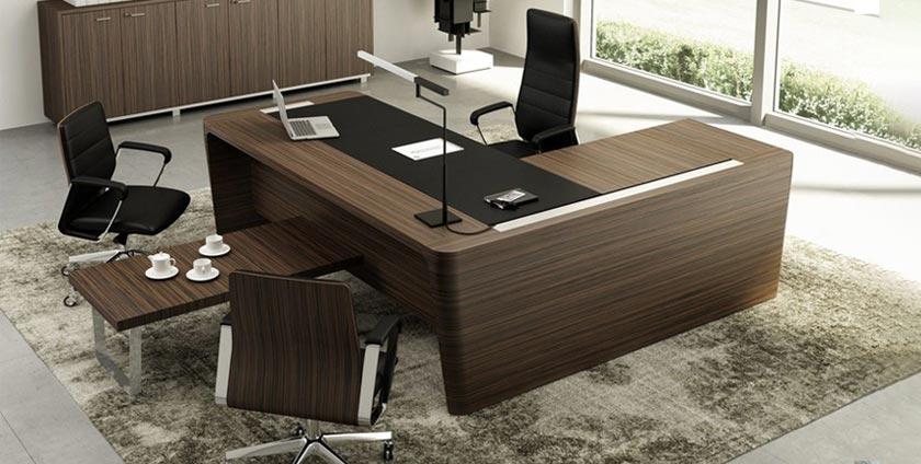 Management desk feature
